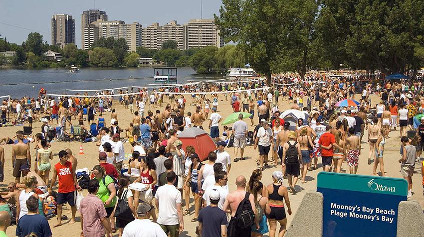 crowd at Mooney's Bay Beach