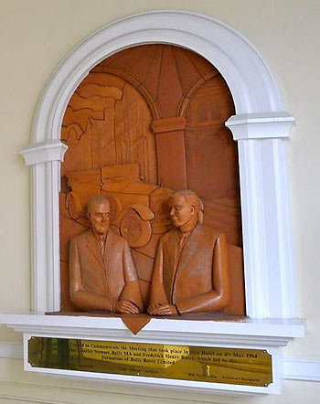 plaque commemorating the meeting between Rolls and Royce at the Midland Hotel in Manchester