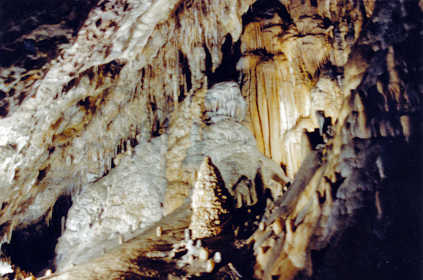 stalactites inside the HAN Grotto
