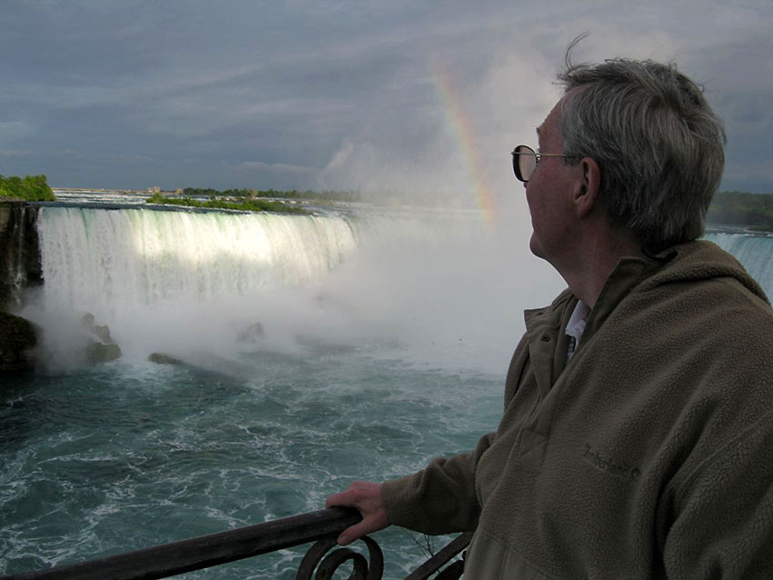 author at the Canadian side of Niagara Falls