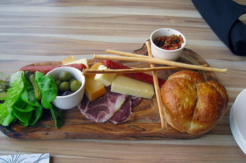 charcuterie plate at Queen Victoria Place Restaurant