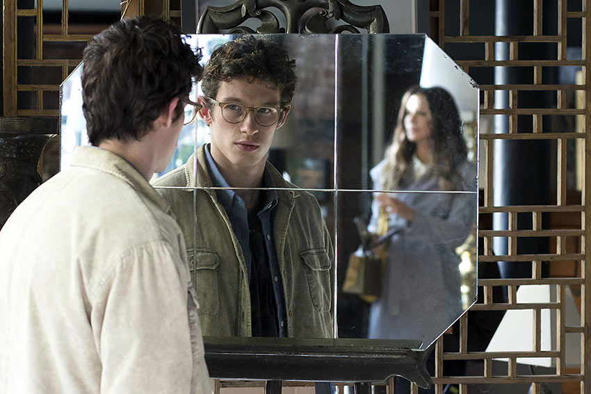Callum Turner as Thomas with Kate Beckinsale as his father's girlfriend Johanna