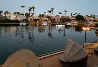 Lake La Quinta waterfront at dusk