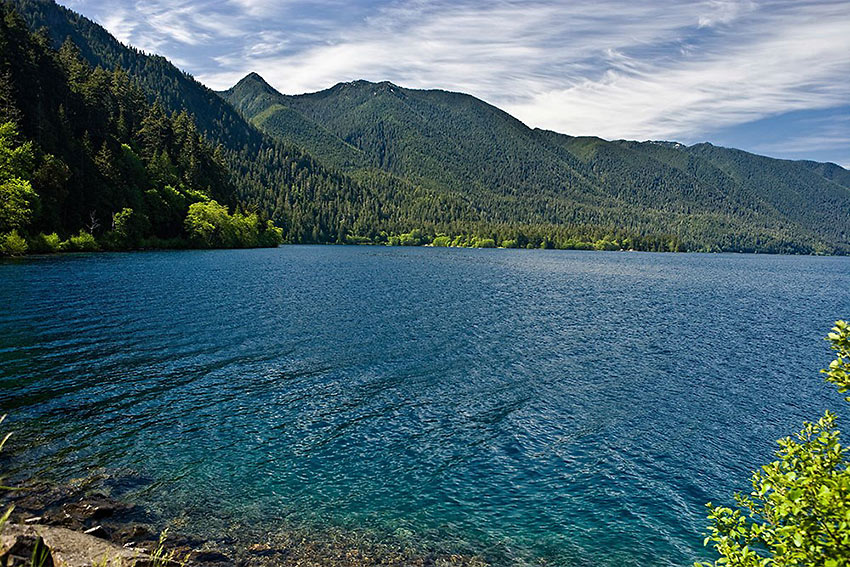 Lake Crescent at the Olympic Peninsula