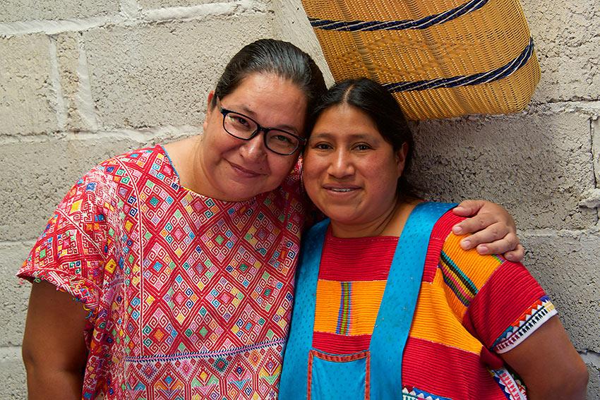 Marina Aguirre de Samaniego and Juana Gómez Ramírez