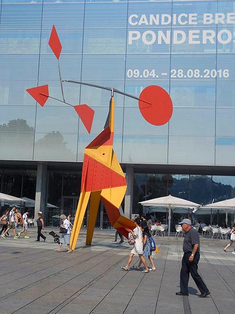 Alexander Calder sculpture in front of the Modern Art Museum