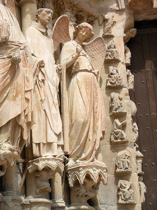 smiling angel at the Reims cathedral
