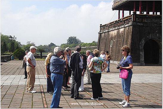 seniors touring China