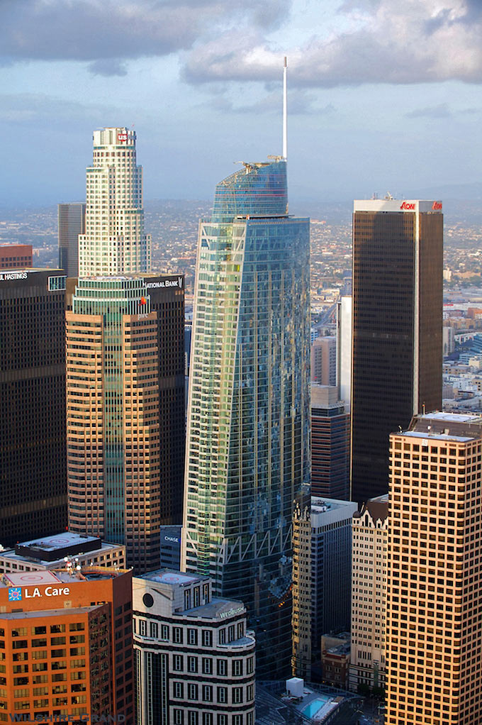 another view of the Wilshire Grand Center