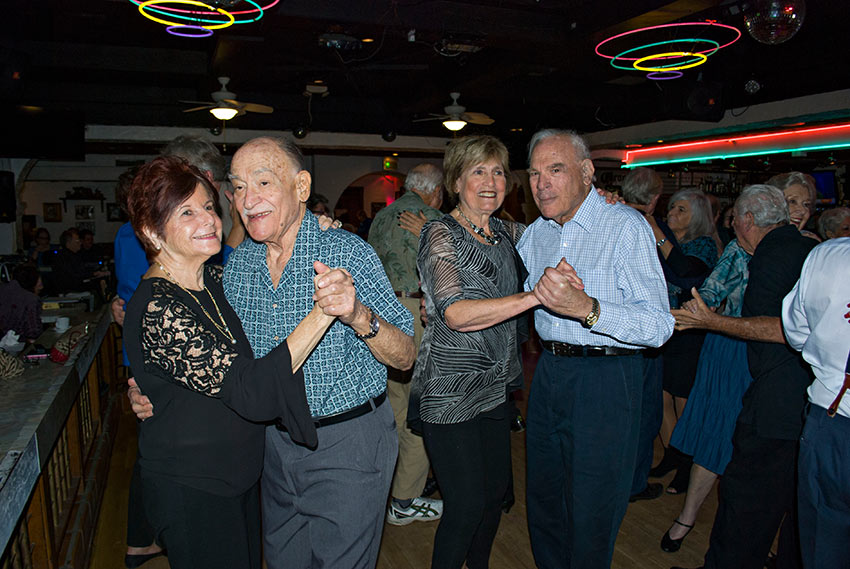 2 swing-dancing couples and regular visitors to Las Hadas for 15 years