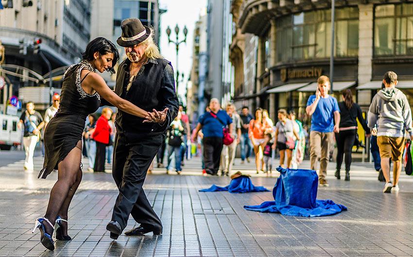 dancing the tango, Argentina