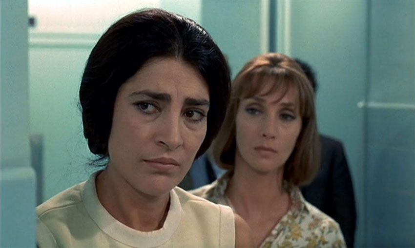 Irene Papas and Clotilde Joano in a scene from Z