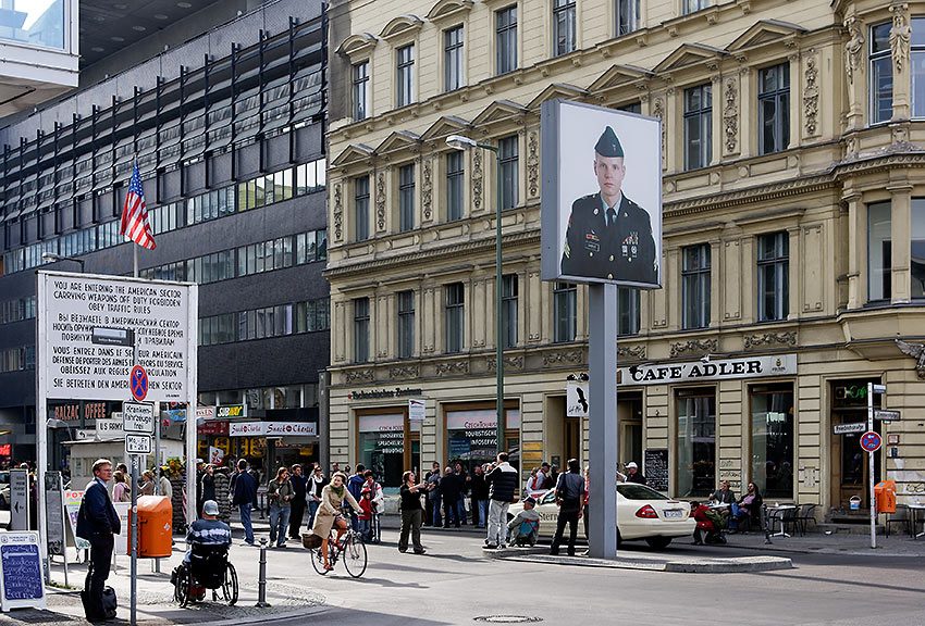 Checkpoint Charlie Berlin Wall crossing point