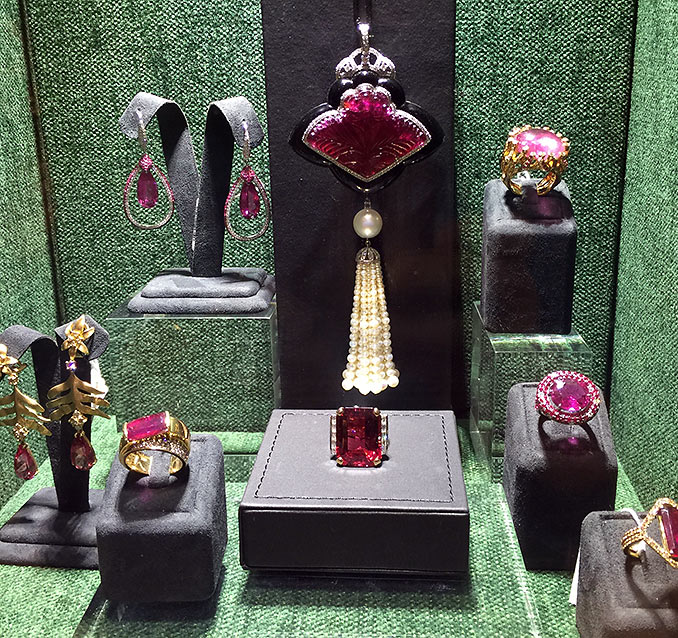 Hong Kong jewelry store