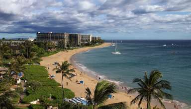 the three-mile stretch of Ka'anapali Beach