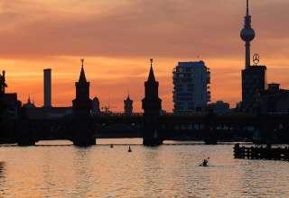 Oberbaum Bridge at sunset