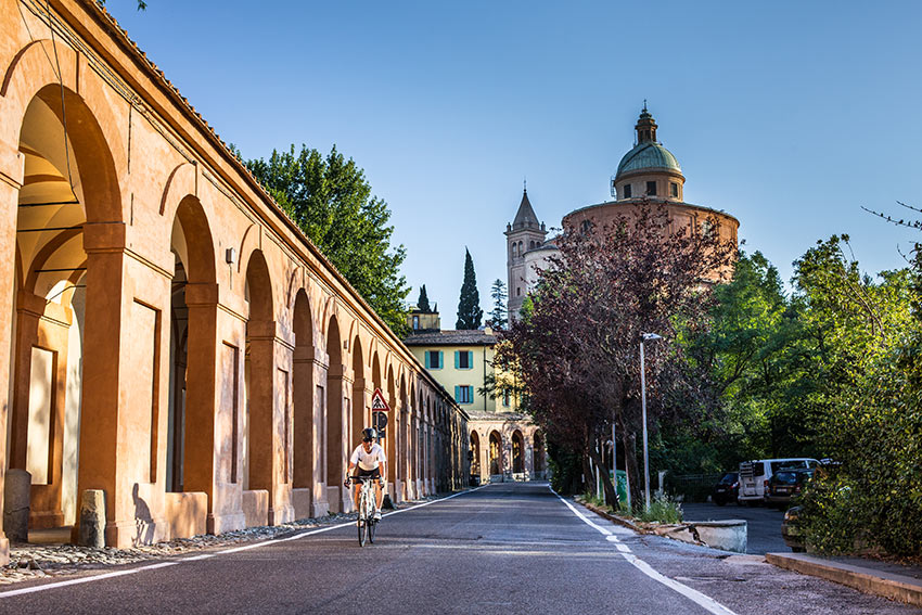 portico (left) connecting to the Basilica of San Luca (right)