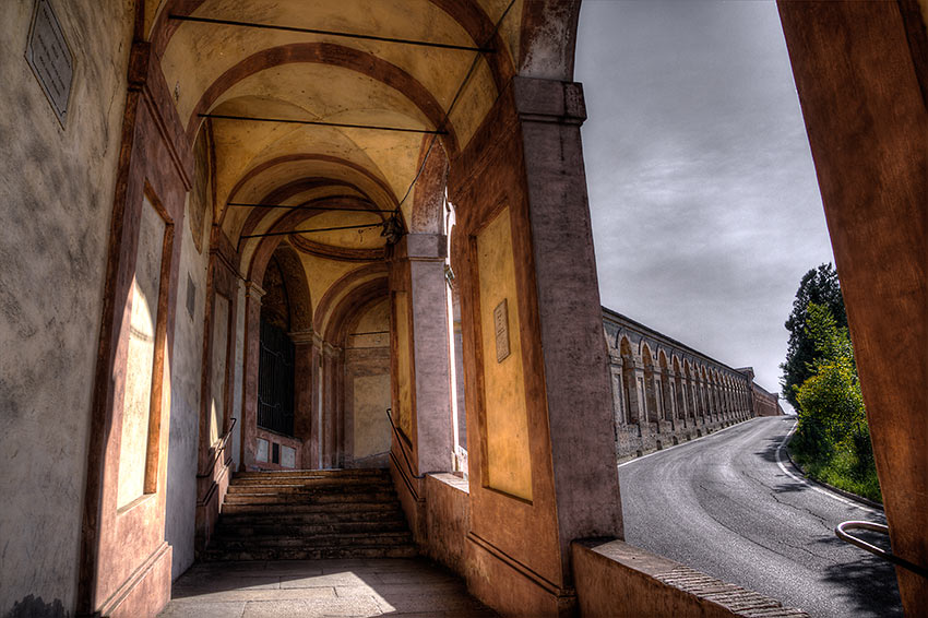 Portico San Luca: the longest portico (600 vaults) in the world