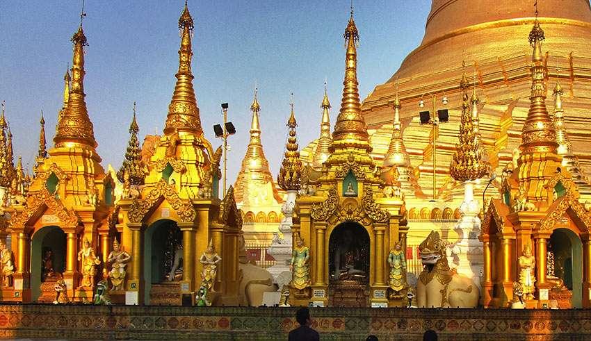 Burmese praying at pagoda