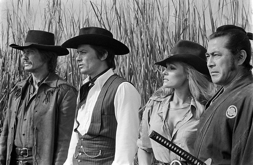 Charles Bronson, Ursula Andress, Toshirô Mifune and Alain Delon in Red Sun