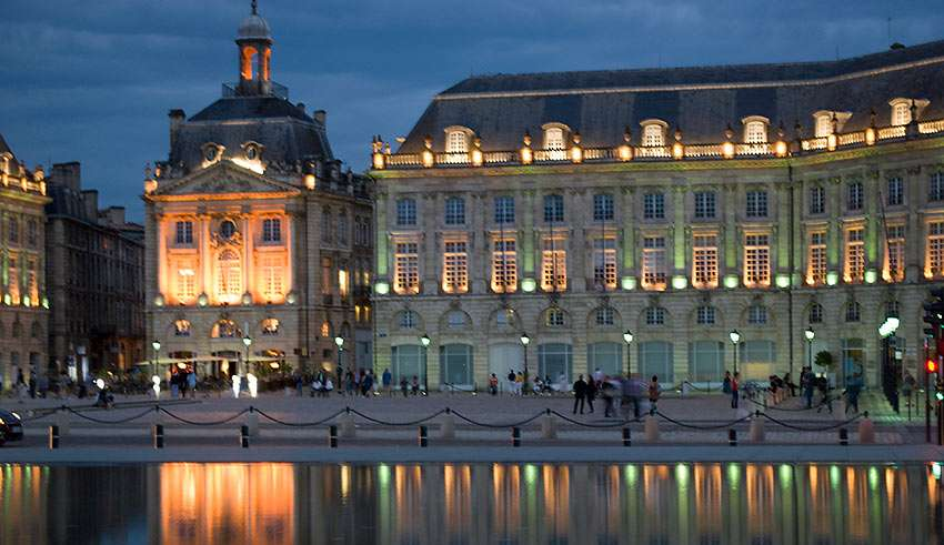 Place de la Bourse, Bordeaux, at night