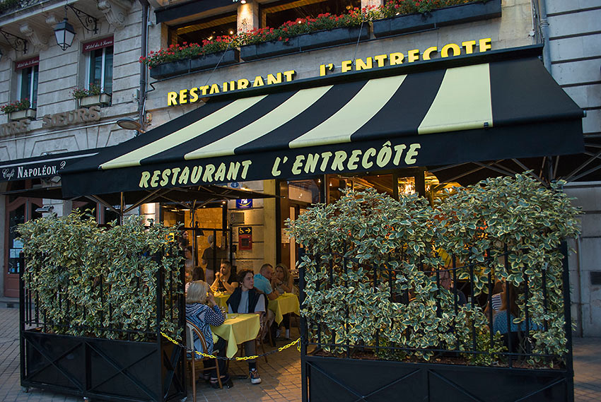 L'Entrecote at the Historic District