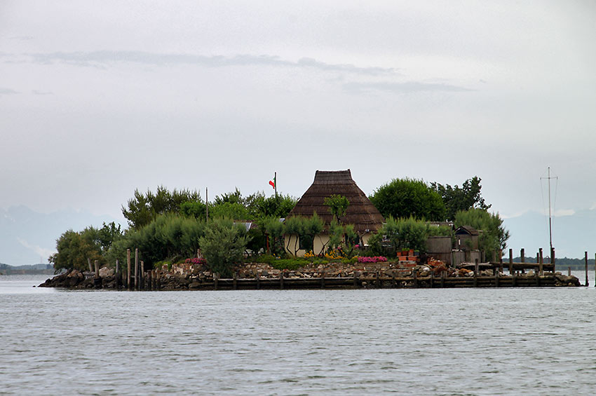 fisherman's dwelling in Grado Island