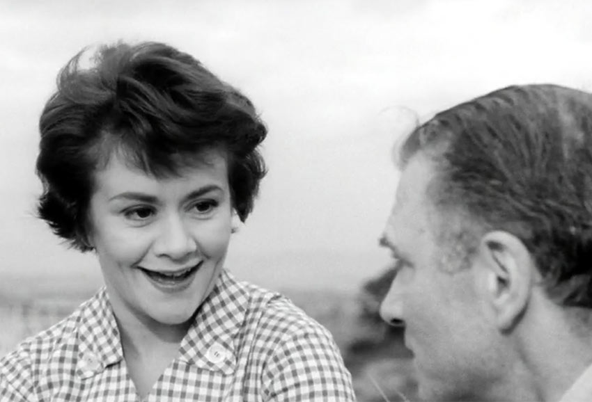 a very young Joan Plowright with her husband Sir Laurence Olivier