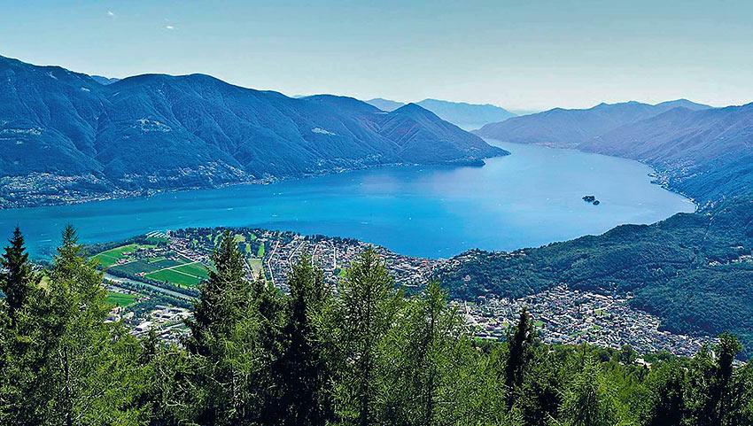 panoramic views from the summit of Cardada-Cimetta