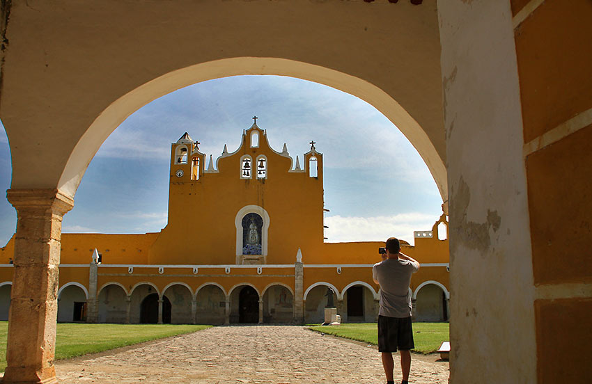 monastery on top of a Mesoamerican pyramid, Izamal