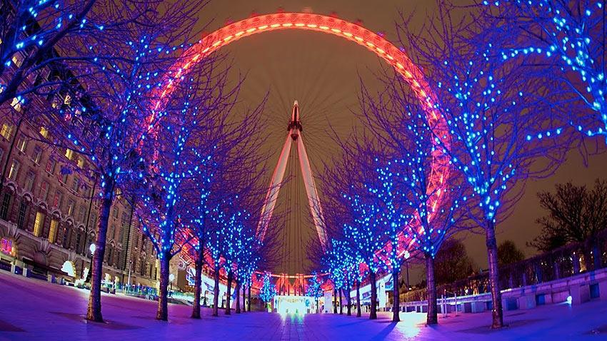 London Eye ferris wheel during the Christmas season