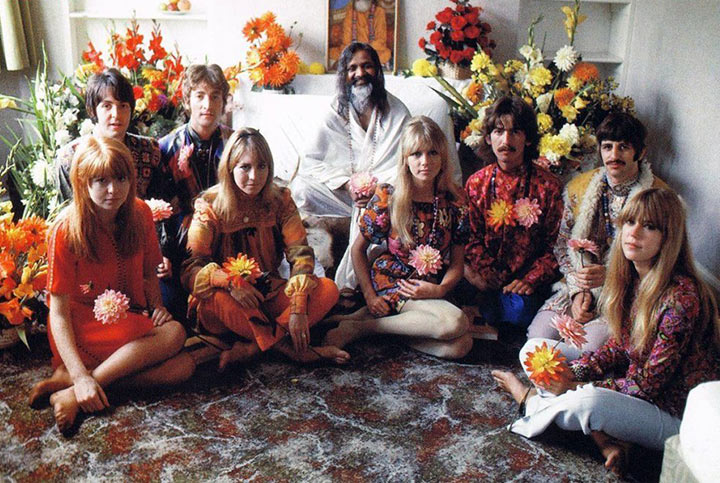 Jane Asher, Paul McCartney, John Lennon, Cynthia Lennon, Pattie Boyd, George Harrison, Maureen Starr and Ringo Starr pose with Maharishi Mahesh Yogi