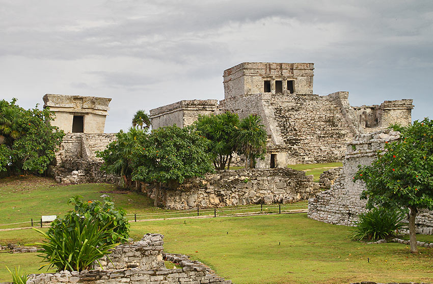 the ruins of Tulum at the Yucatán Peninsula