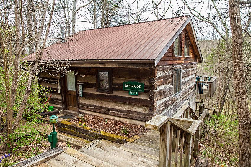 'Dogwood Cabin' at the Inn & Spa at Cedar Falls