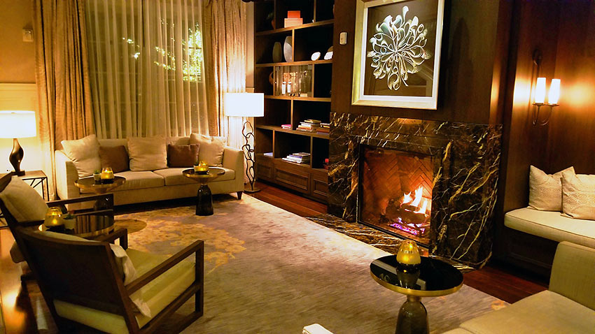 Belmond El Encanto hotel lounge