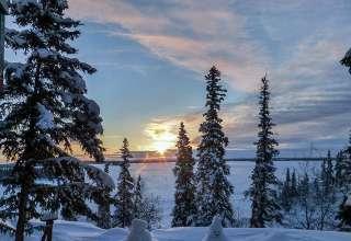 winter sunrise at Blachford Lake Lodge