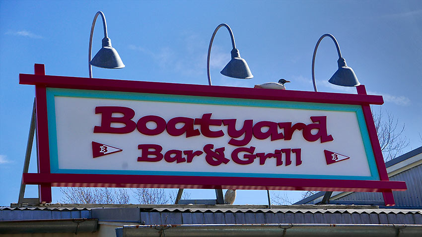 restaurant signboard at Annapolis