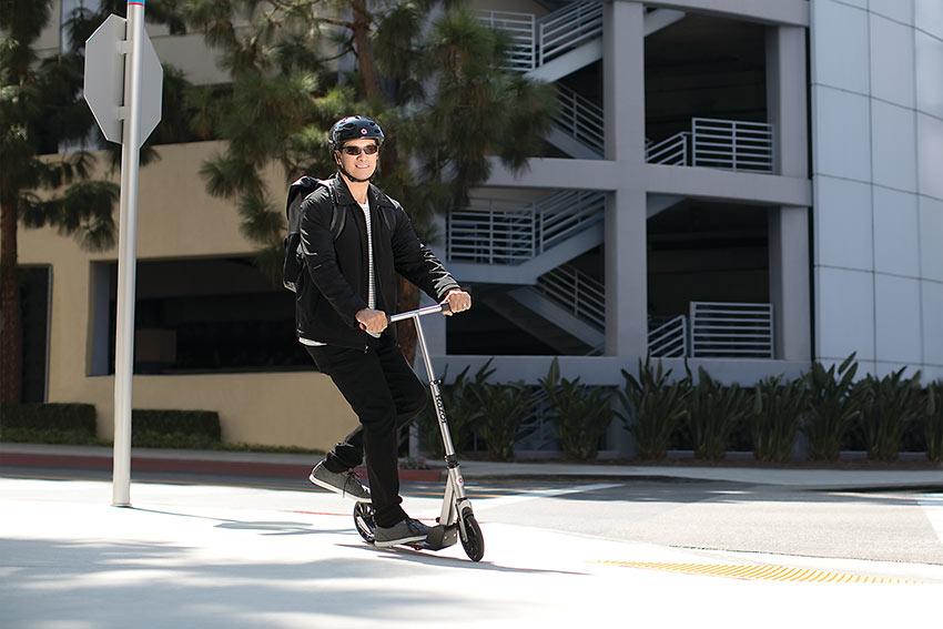 non-electric Razor A5 Prime scooter
