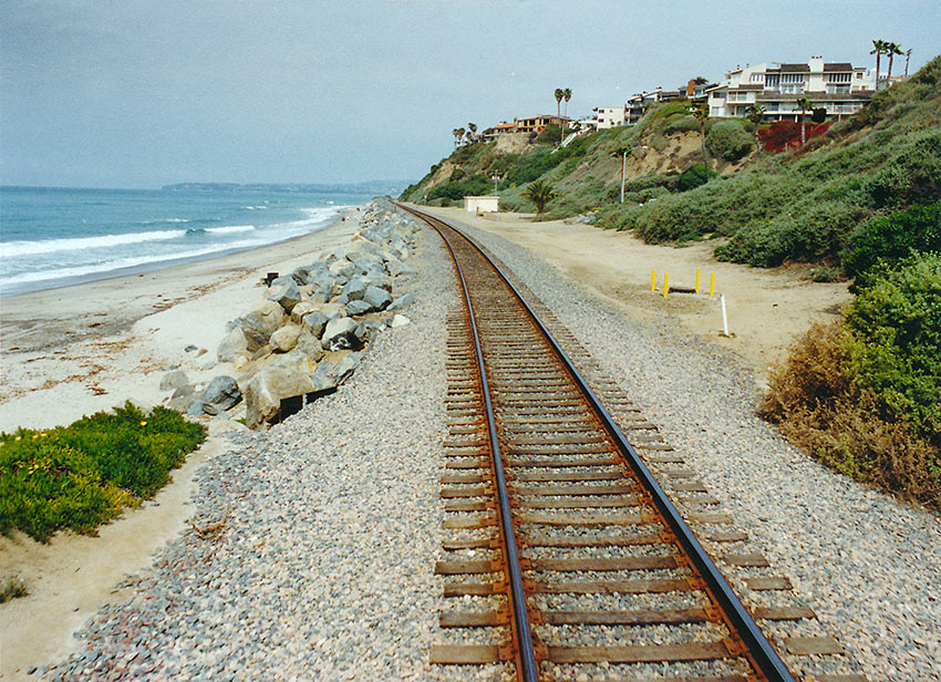 Amtrak Surfliner tracks near the beach