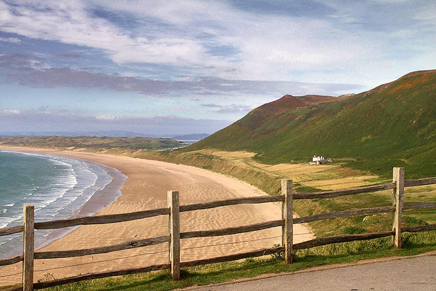 beach scene at the Glower Peninsula