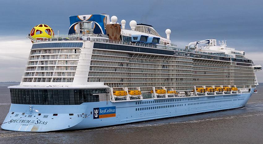 Dubai ship