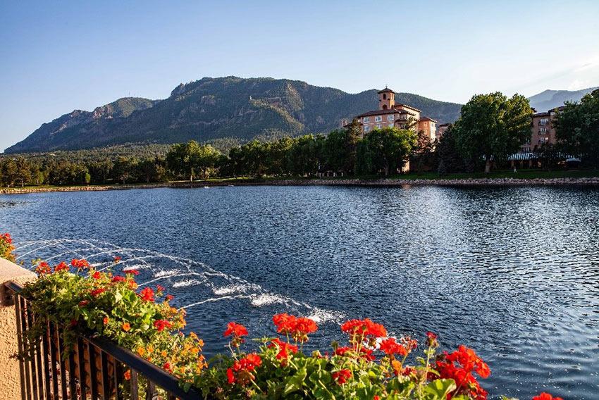 the lake near Broadmoor Hotel