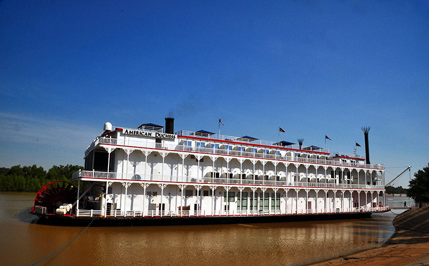 the American Duchess of the American Queen Steamboat Co