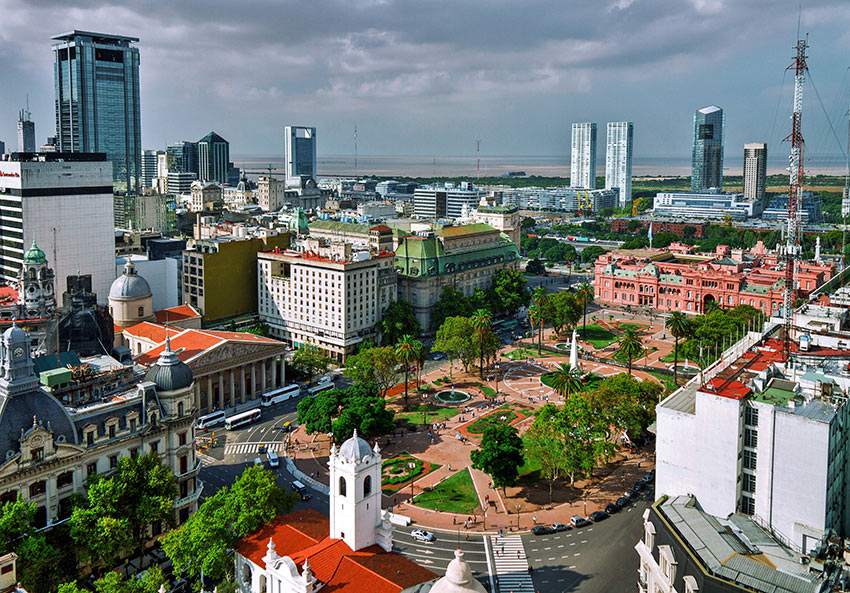 epic boulevards and magnificent monuments of Buenos Aires