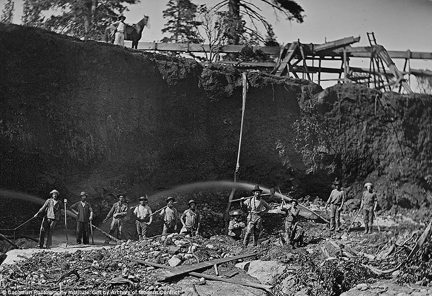 workers on a hydraulic mining operation in 1854