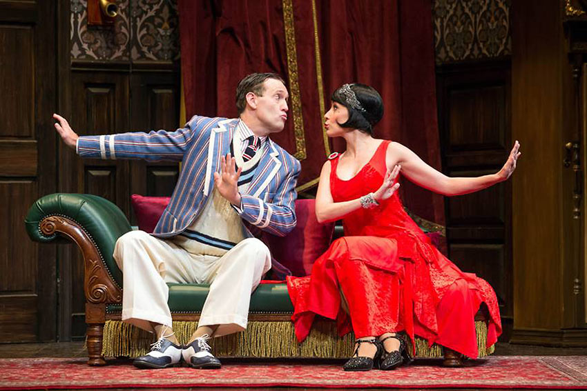 Ned Noyes and Jamie Ann Romero in 'The Play That Goes Wrong'