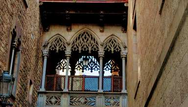 medieval structures in Barcelona's Gothic Quarter