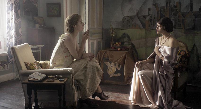 Elizabeth Debicki as Virginia Woolf and Gemma Arterton as Vita Sackville-West in Chanya Button's 'Vita & Virginia'