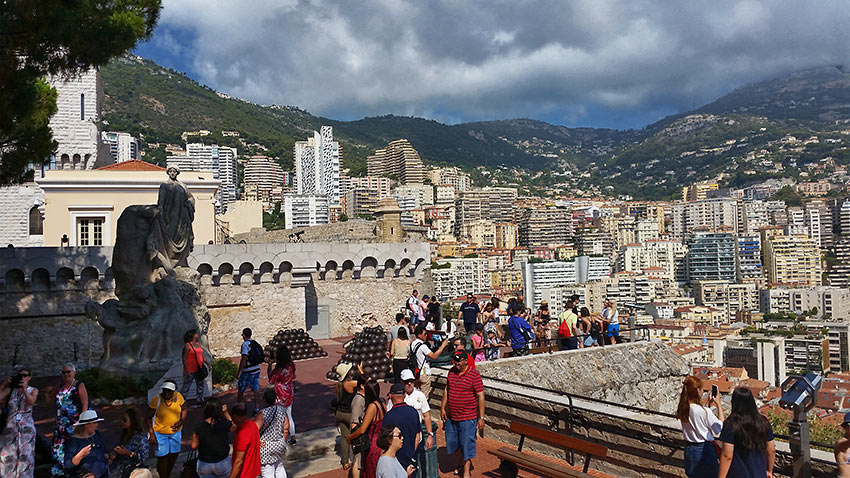 street crowd at Monaco