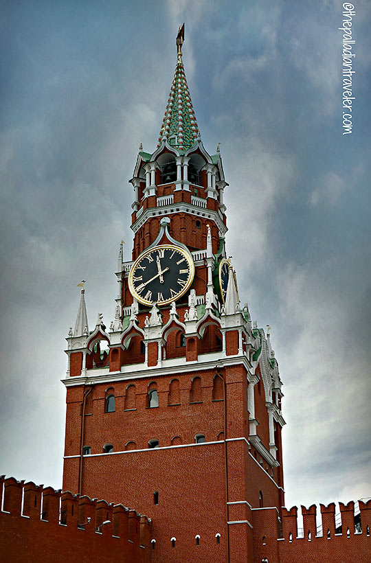 Spasskaya (Savior) Tower with its Kremlin chimes